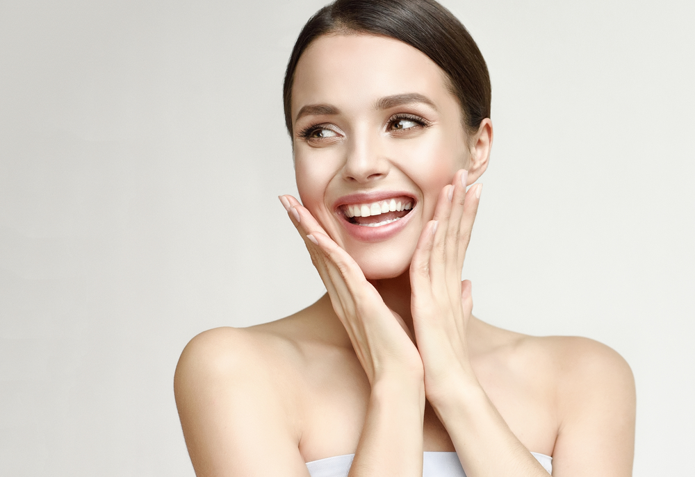 The Difference Between HydraFacial and Microdermabrasion