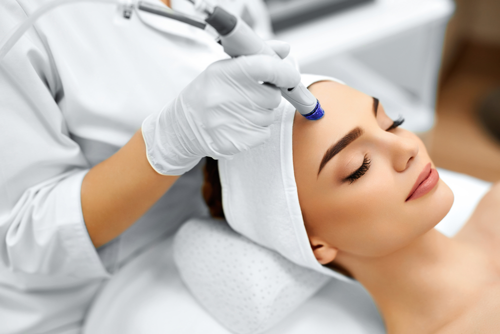Why Everyone Is Obsessed with HydraFacial